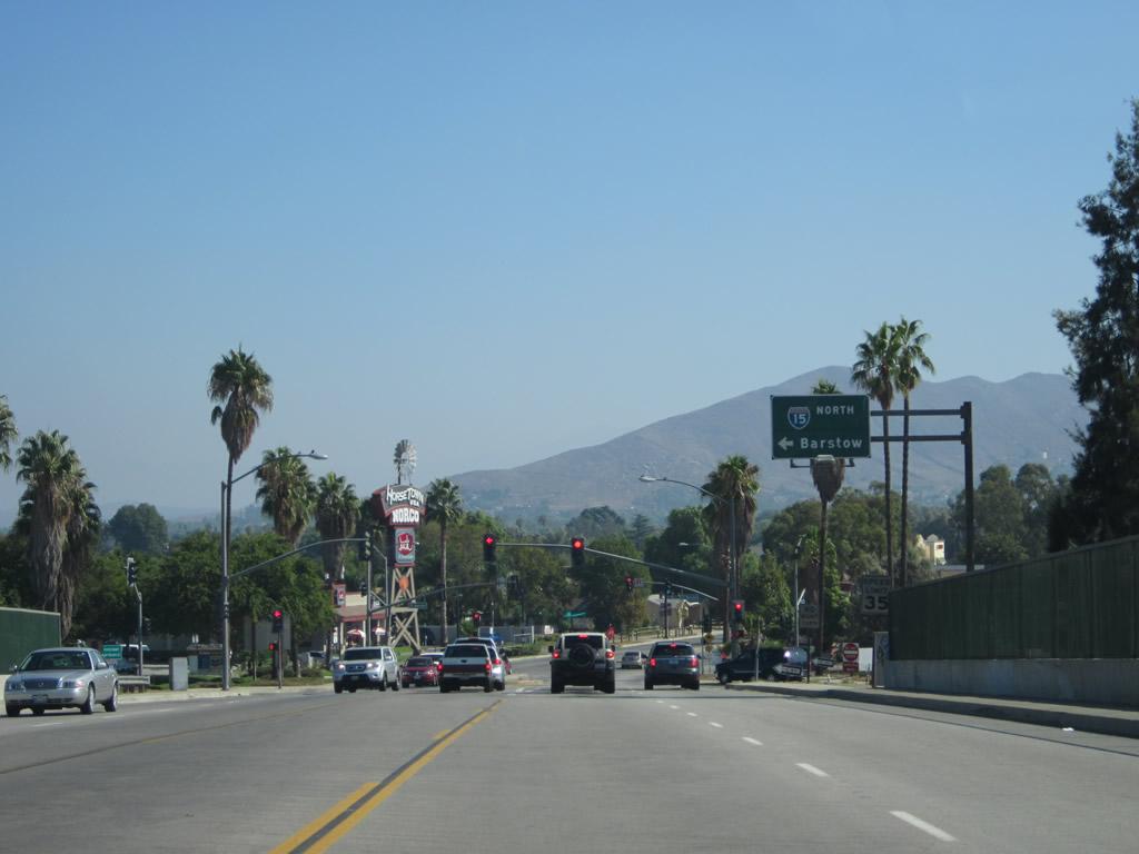 Norco California Traffic Freeway Download Lengkap