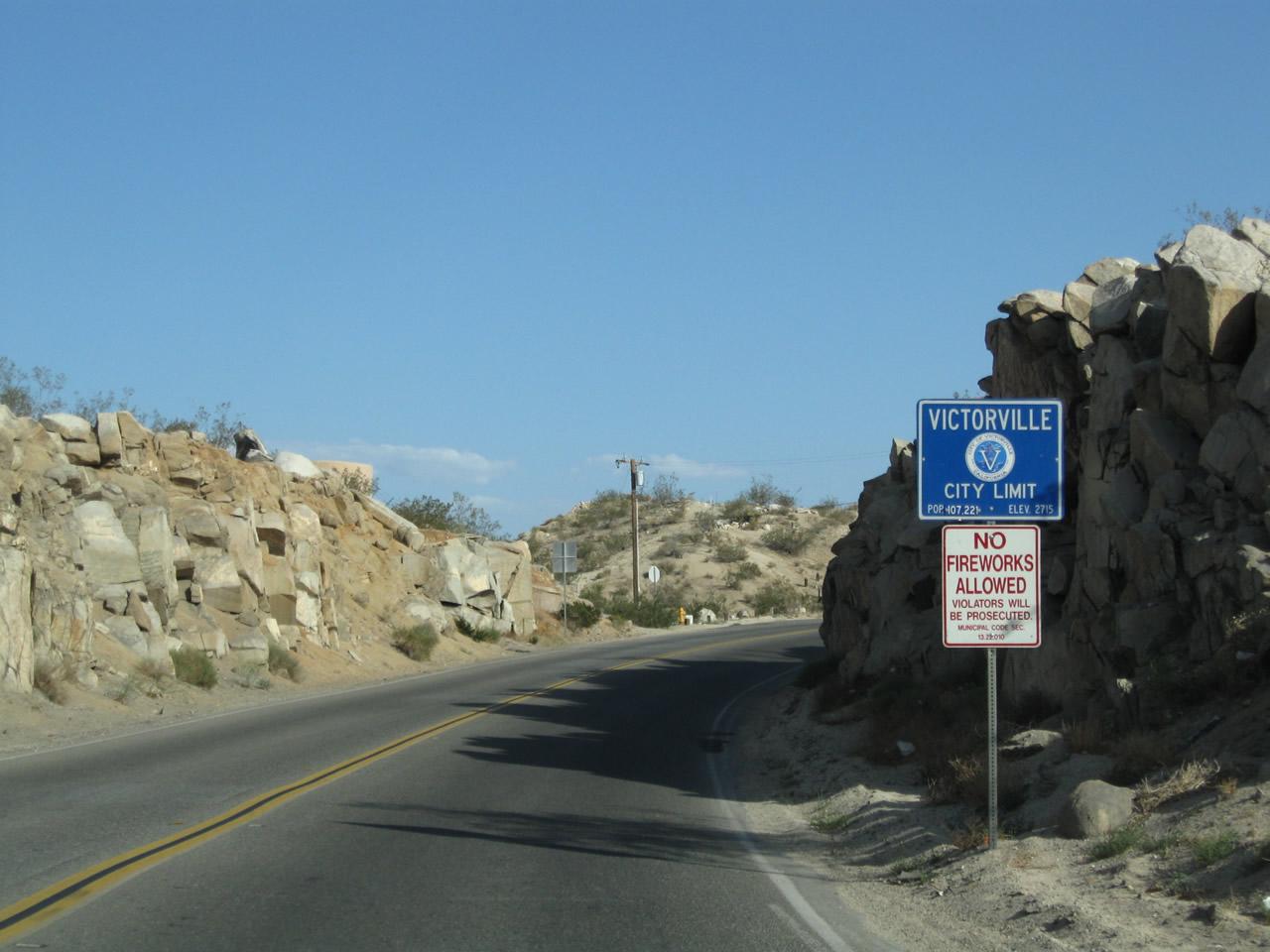 California @ AARoads - Historic U S  66 West