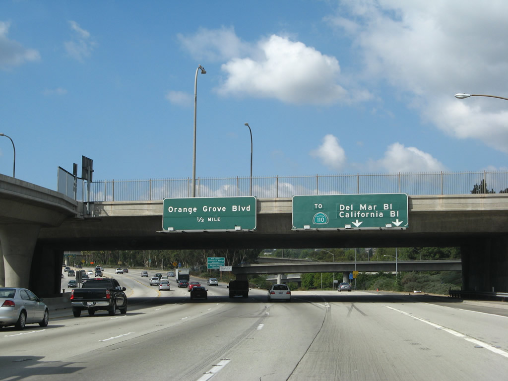 Westbound California 134 Ventura Freeway Reaches Exit 13b Junction Unsigned California 710 Long Beach Freeway South To Del Mar Boulevard And California