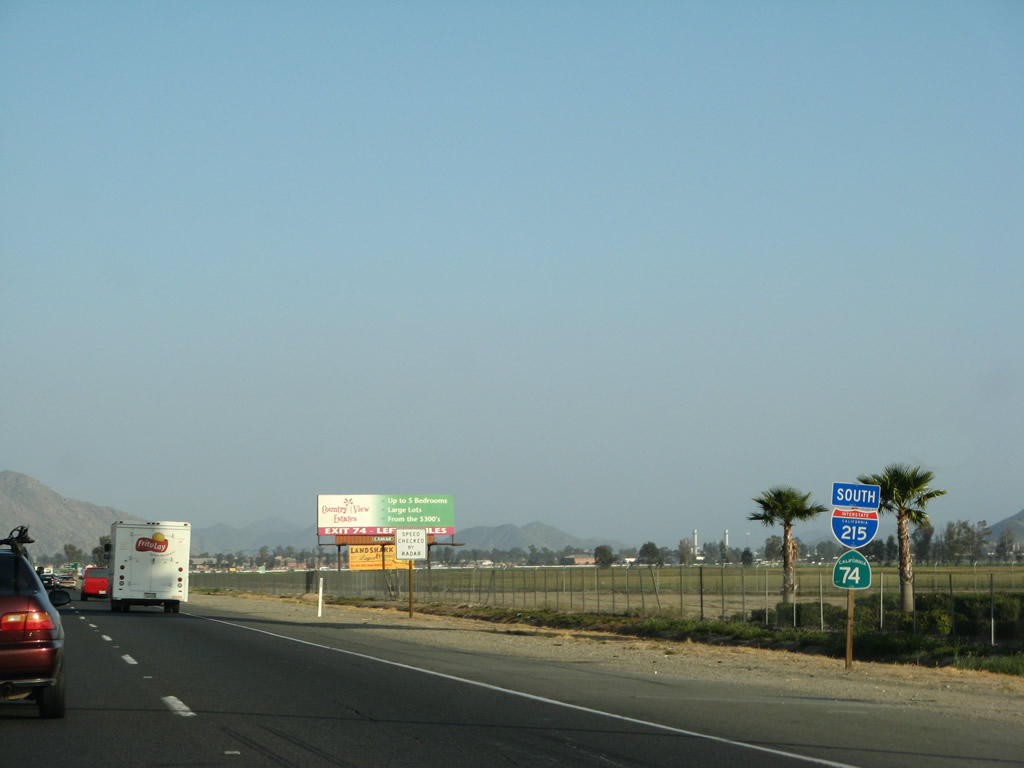 66 Mi - Distance from Murrieta to SeaWorld San Diego