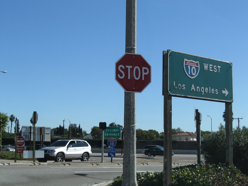 California aaroads interstate 10 a sharp turn from hellman avenue eastbound to interstate 10 westbound is required at this freeway entrance near fremont avenue in alhambra sciox Choice Image