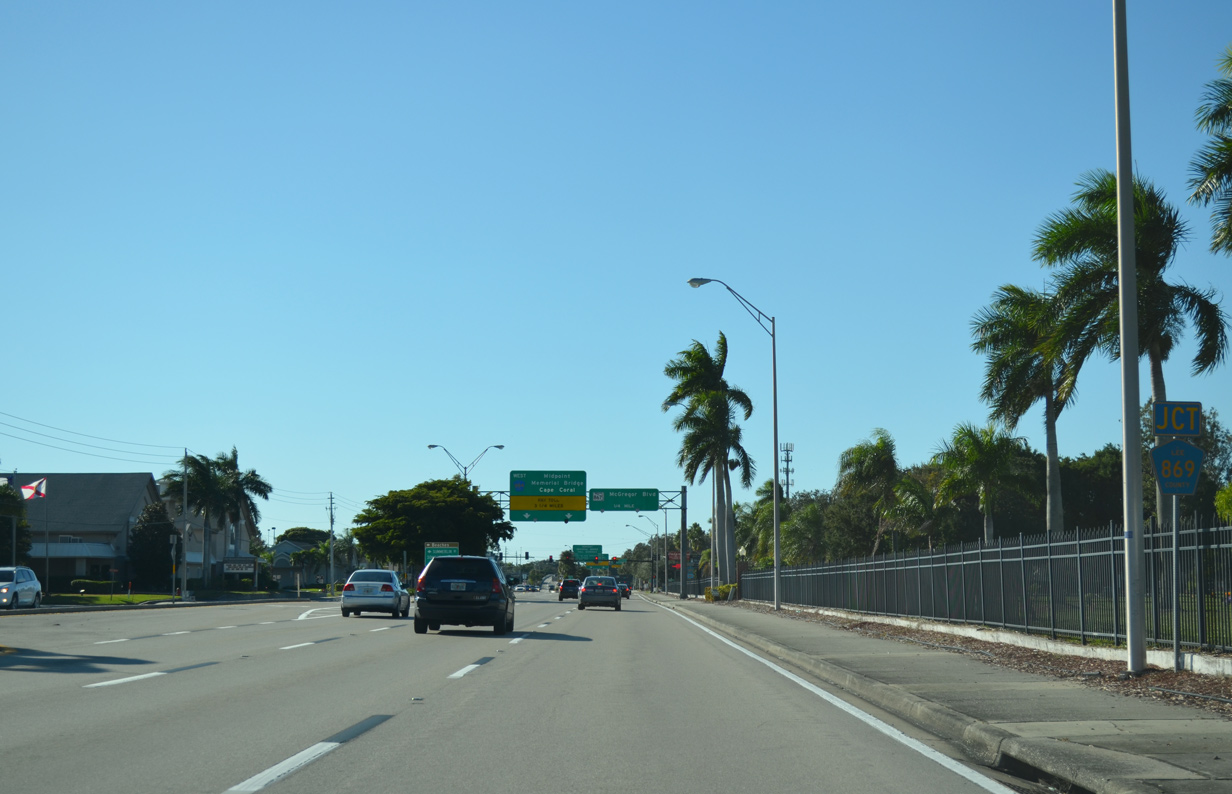 CR 884 (Colonial Boulevard) Passes South Of Fort Myers Memorial Gardens ...