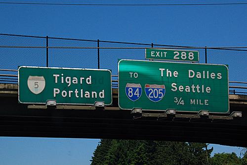 interstate 5, interstate 84, interstate 205 shields