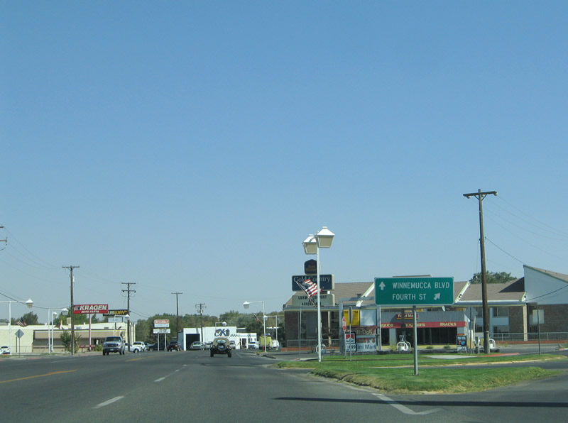 Fourth Street eastbound splits from Winnemucca Boulevard ahead of the
