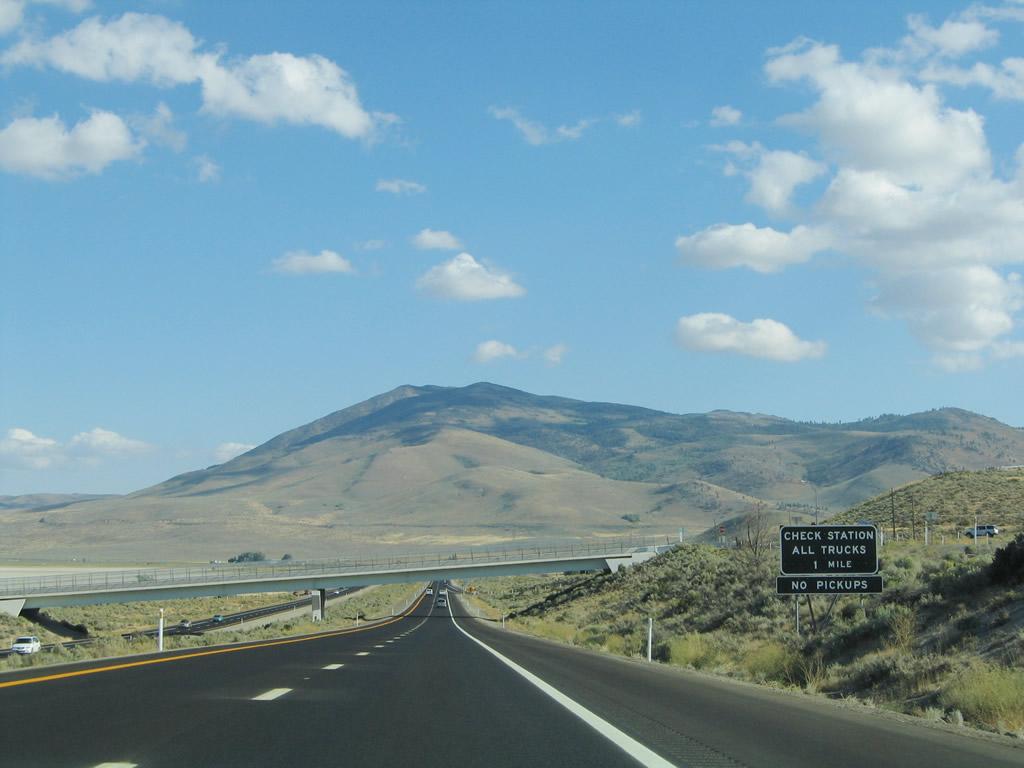 Nevada Aaroads U S Highway 395 Southbound California