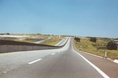 4_lane_desert_frwy_03