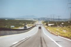 4_lane_desert_frwy_04