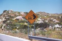 falling_rocks_sign