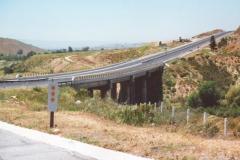 freeway_bridge