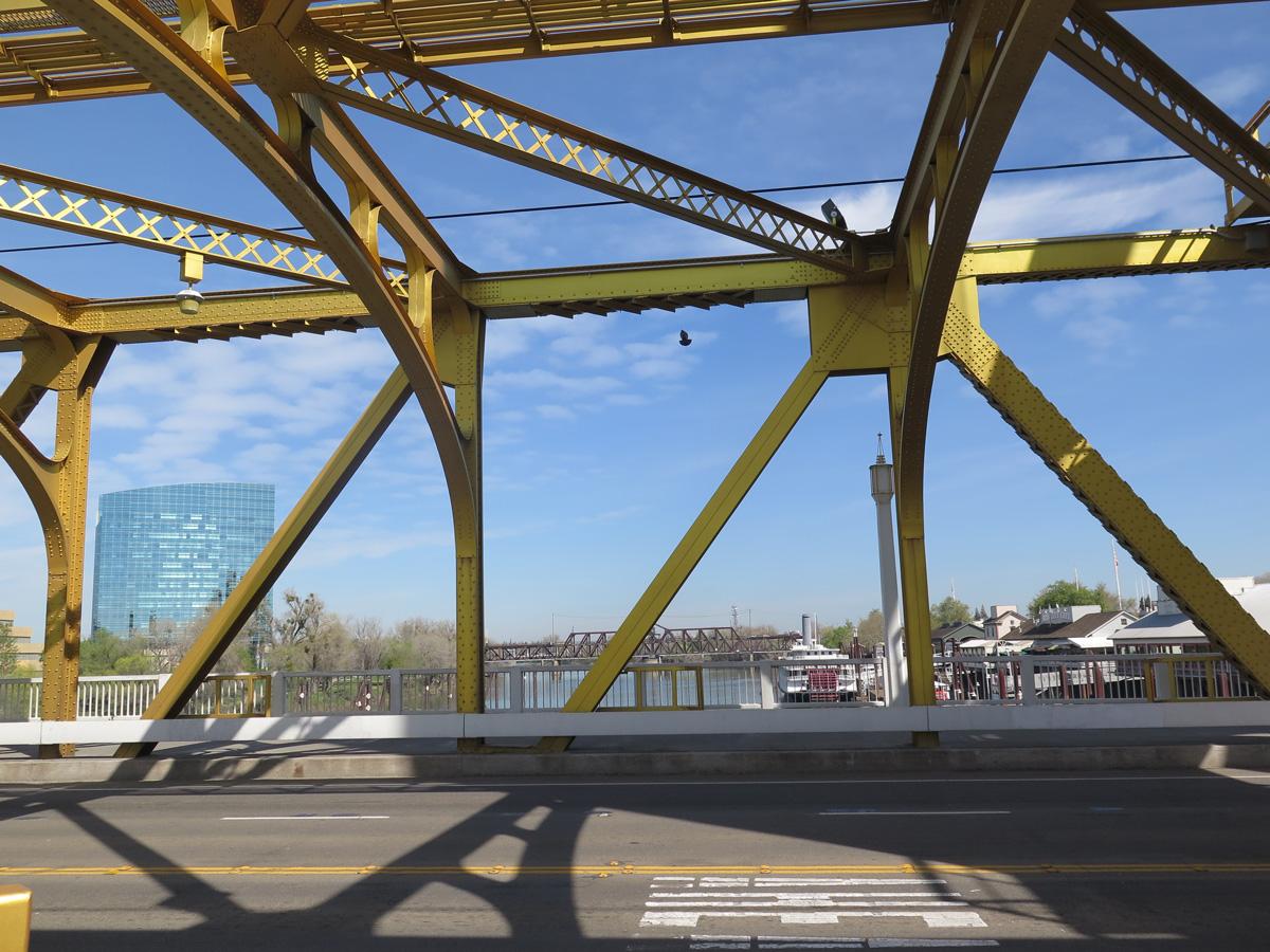 ca-275-tower-bridge-07