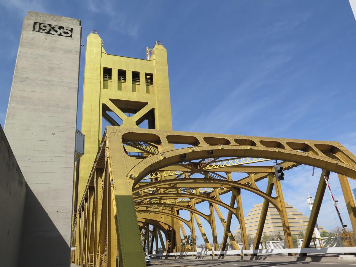 ca-275-tower-bridge-09