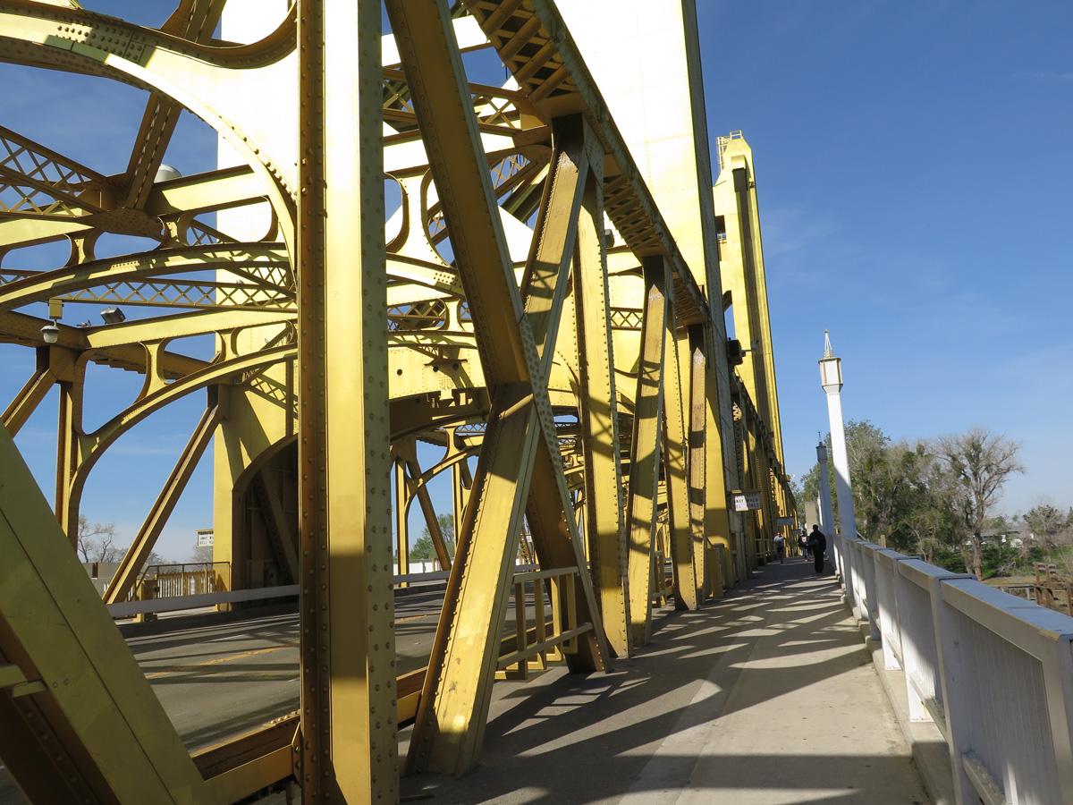 ca-275-tower-bridge-12