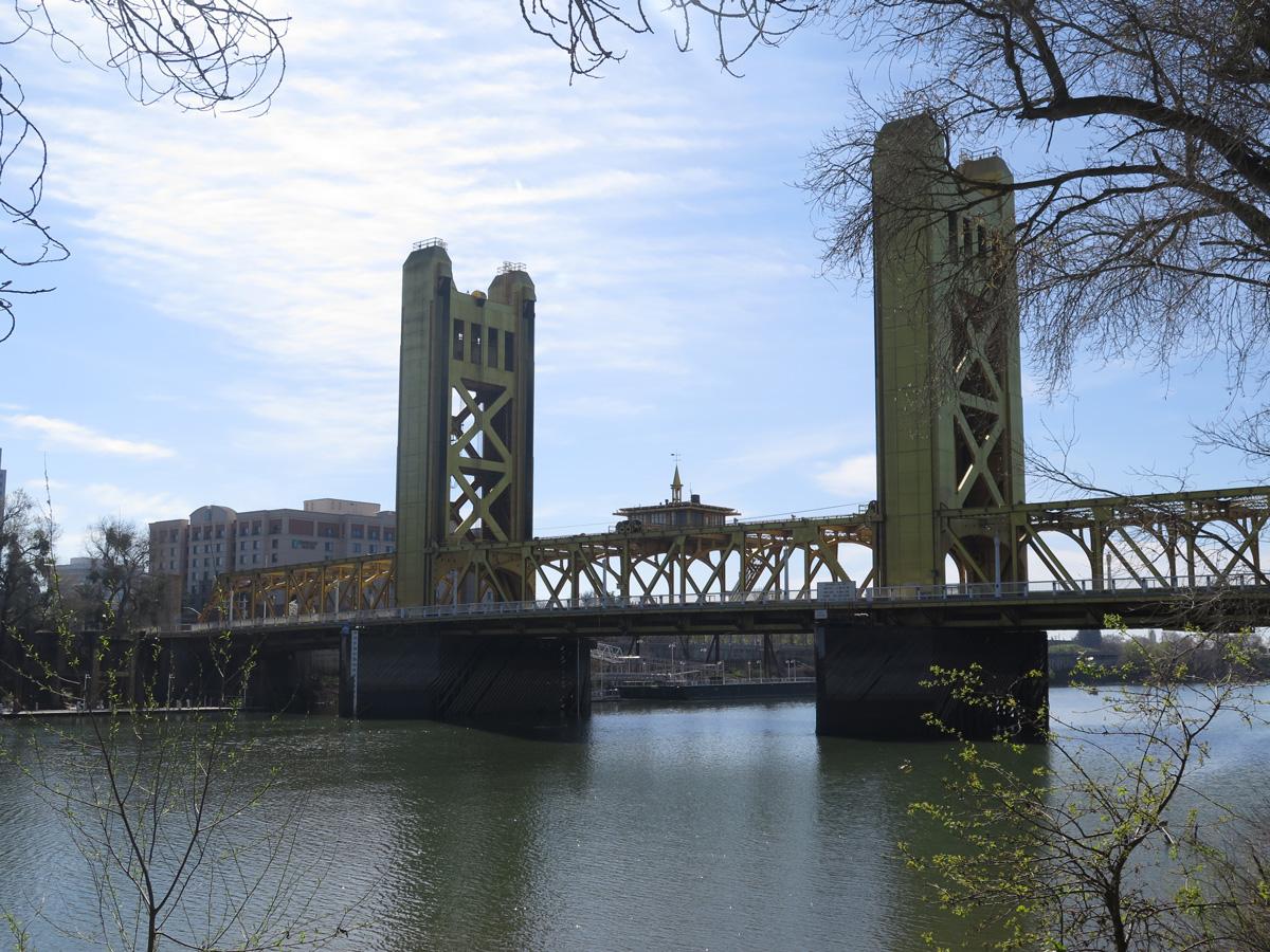 ca-275-tower-bridge-19