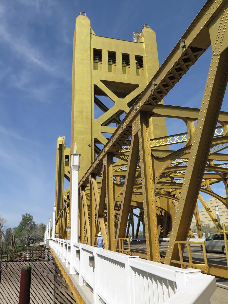 ca-275-tower-bridge-26