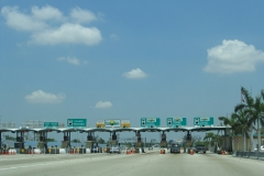 North at Golden Glades toll plaza