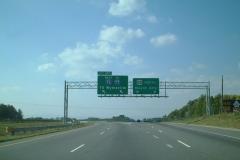 us-052_nb_exit_140_03