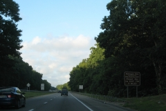 Reservoirs sign on I-395 north