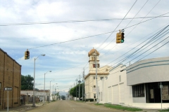 St. Louis St