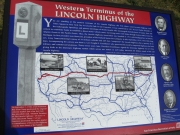 lincoln_hwy_monument_02
