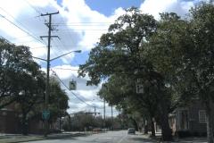 E Broad St south