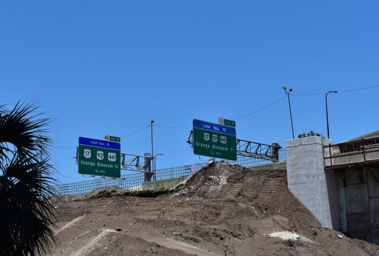 SR 408 west sign replacement at Exit 9 - Orlando, FL