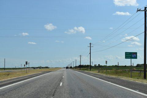 US 77 south at CR 14 - Bishop, TX