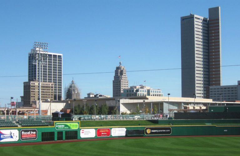 Fort Wayne, Indiana skyline