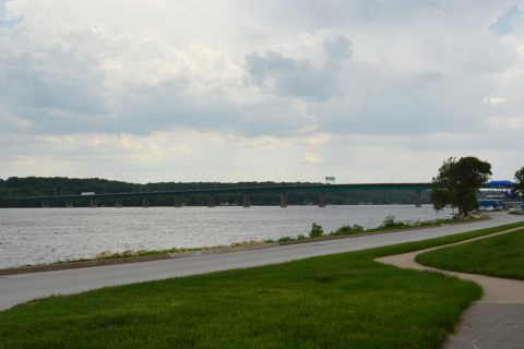 I-80 crossing the Mississippi River - LeClaire, IA