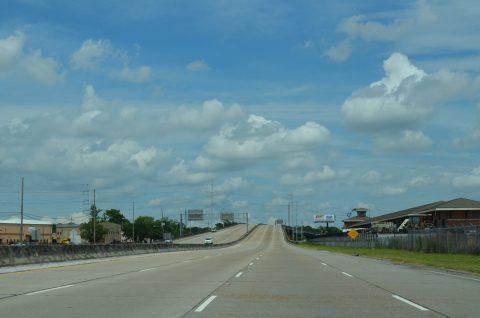 LA 3139 - Earhart Expressway